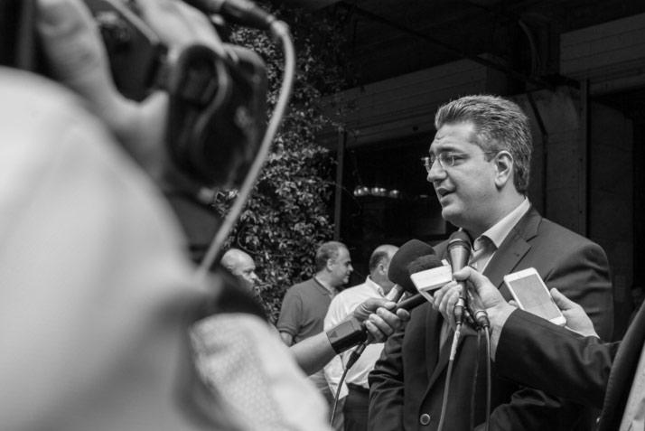 Ο υποψήφιος πρόεδρος της ΝΔ Απόστολος Τζιτζικώστας στο άνοιγμα των γραφείων του στην Αθήνα